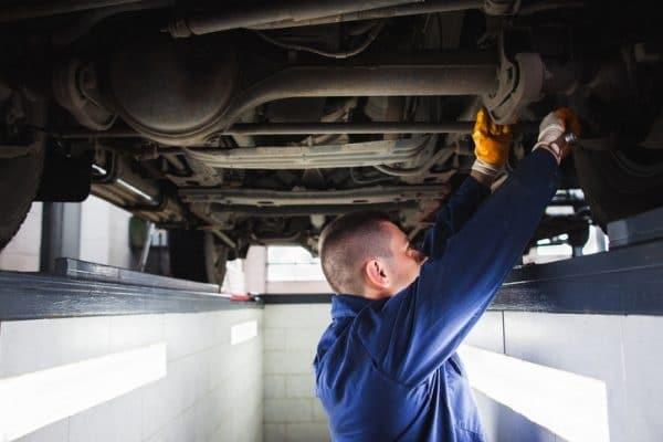 การซ่อมบำรุงรถยนต์มือสอง